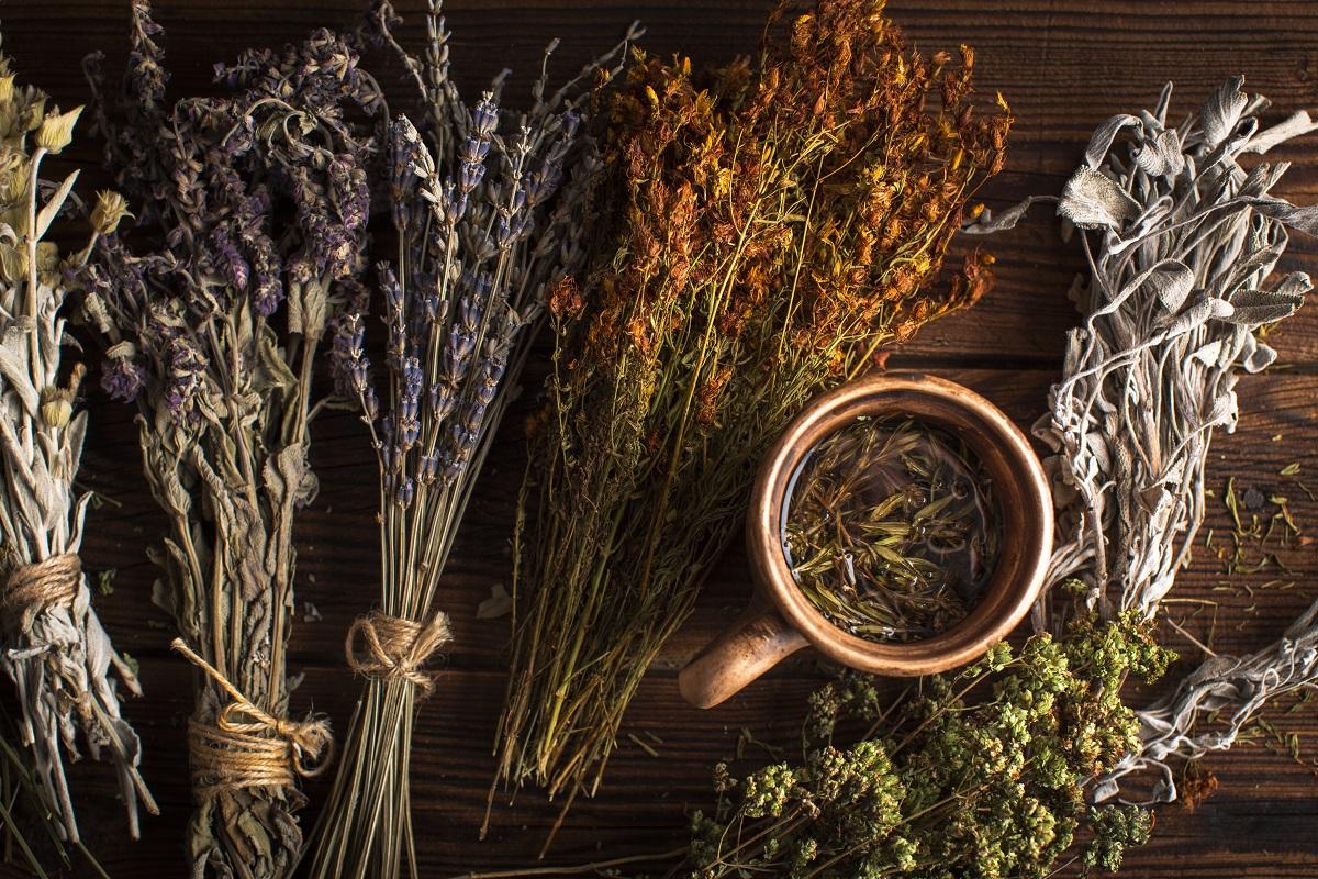 Funkční bylinný čaj při zdravotních obtížích sestavený na míru